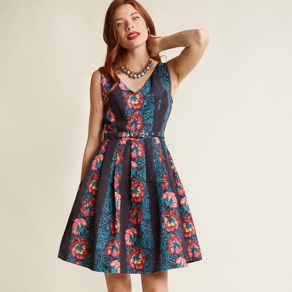 "18e2ebd16f00 ModCloth ""Beautiful You Fit and Flare"" Dress. M_5c3d2805e944ba2a89bf071b"